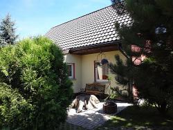 Zdjęcie domu do wynajęcia Domek Karolinka